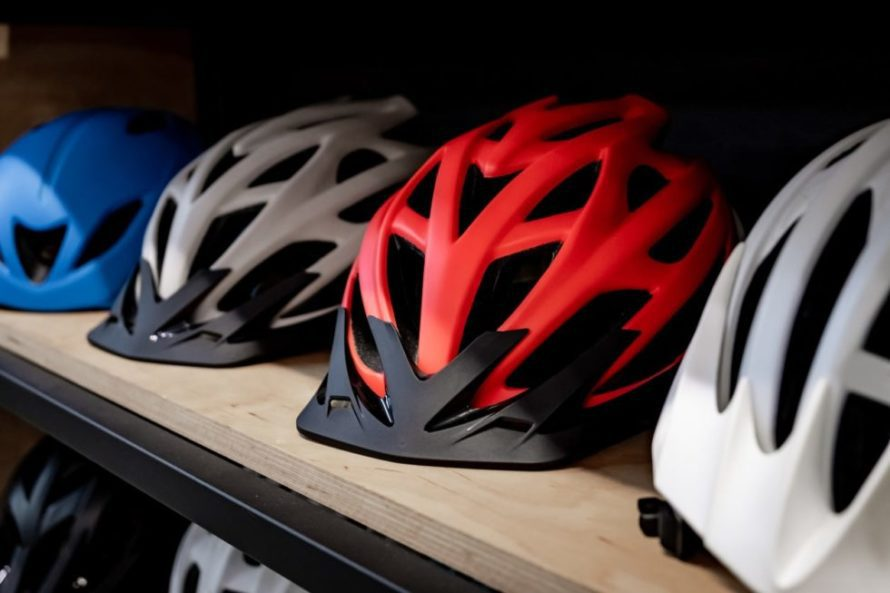 Cycling helment